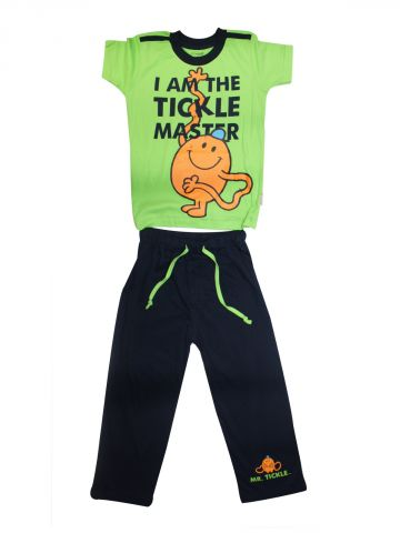 https://static5.cilory.com/100401-thickbox_default/mrmen-little-miss-leaf-green-navy-tee-and-pajama-set.jpg