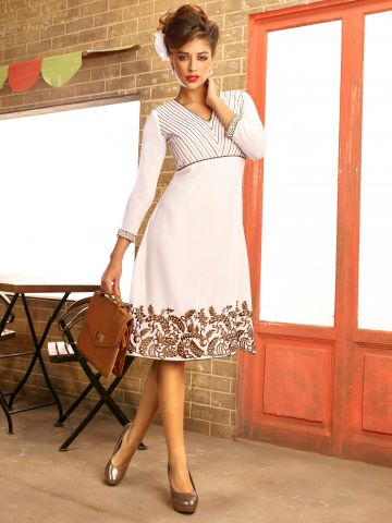 https://static3.cilory.com/106749-thickbox_default/cafe-series-white-georgette-kurti.jpg