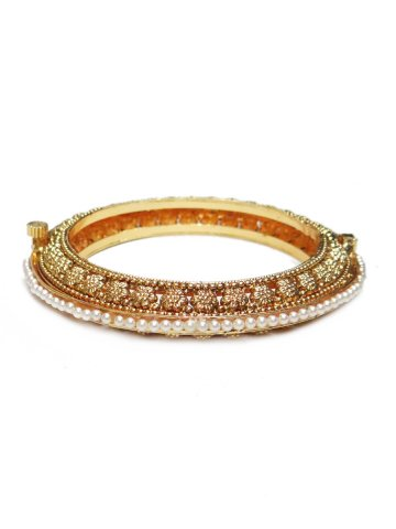 https://static1.cilory.com/130072-thickbox_default/elegant-traditional-bangle.jpg