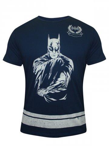 https://static4.cilory.com/137935-thickbox_default/batman-navy-round-neck-t-shirt.jpg