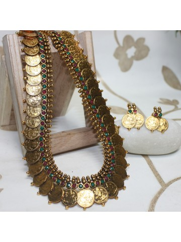 https://static3.cilory.com/14126-thickbox_default/ethnic-ginni-work-necklace-set.jpg