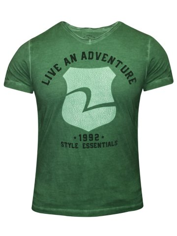 https://static7.cilory.com/171229-thickbox_default/spykar-green-v-neck-t-shirt.jpg