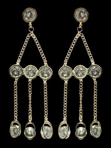 https://static.cilory.com/192133-thickbox_default/golden-metal-dangler-earrings.jpg