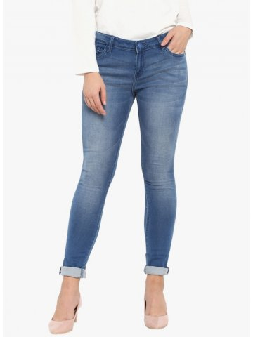 https://static6.cilory.com/370157-thickbox_default/monte-carlo-light-blue-solid-skinny-fit-jeans.jpg