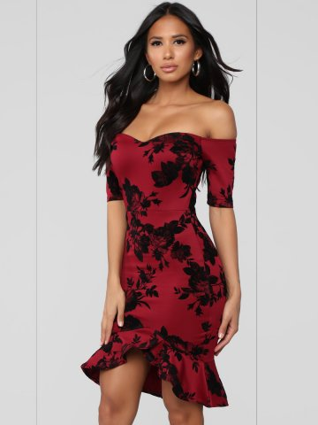 https://static2.cilory.com/374429-thickbox_default/sweetheart-floral-fishtail-dress-with-side-zipper.jpg
