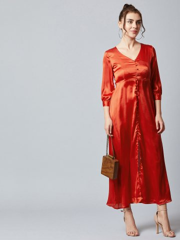 https://static4.cilory.com/391335-thickbox_default/estonished-red-v-neck-maxi-dress-with-front-slit.jpg