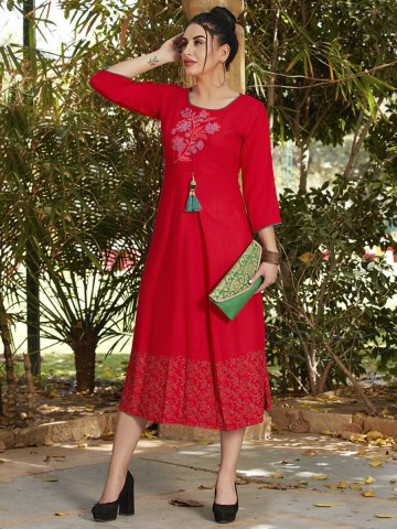 https://static7.cilory.com/392009-thickbox_default/red-rayon-pleated-kurti.jpg