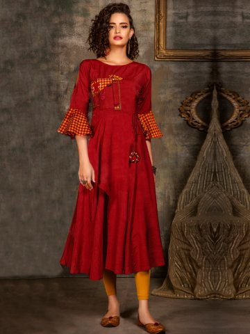 https://static6.cilory.com/405408-thickbox_default/maroon-bell-sleeves-embroidered-kurti.jpg