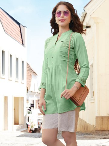 https://d38jde2cfwaolo.cloudfront.net/409456-thickbox_default/kajree-green-tunic.jpg