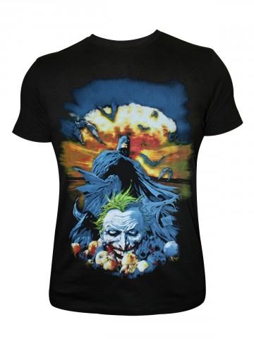 https://static4.cilory.com/82958-thickbox_default/batman-round-neck-t-shirt.jpg