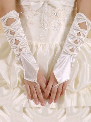 https://static4.cilory.com/98444-thickbox_default/hollowed-out-ivory-satin-gloves.jpg